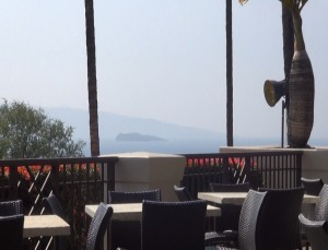 Ocean view from the outdoor patio at Gannon's in Wailea. Photo by Kiaora Bohlool.