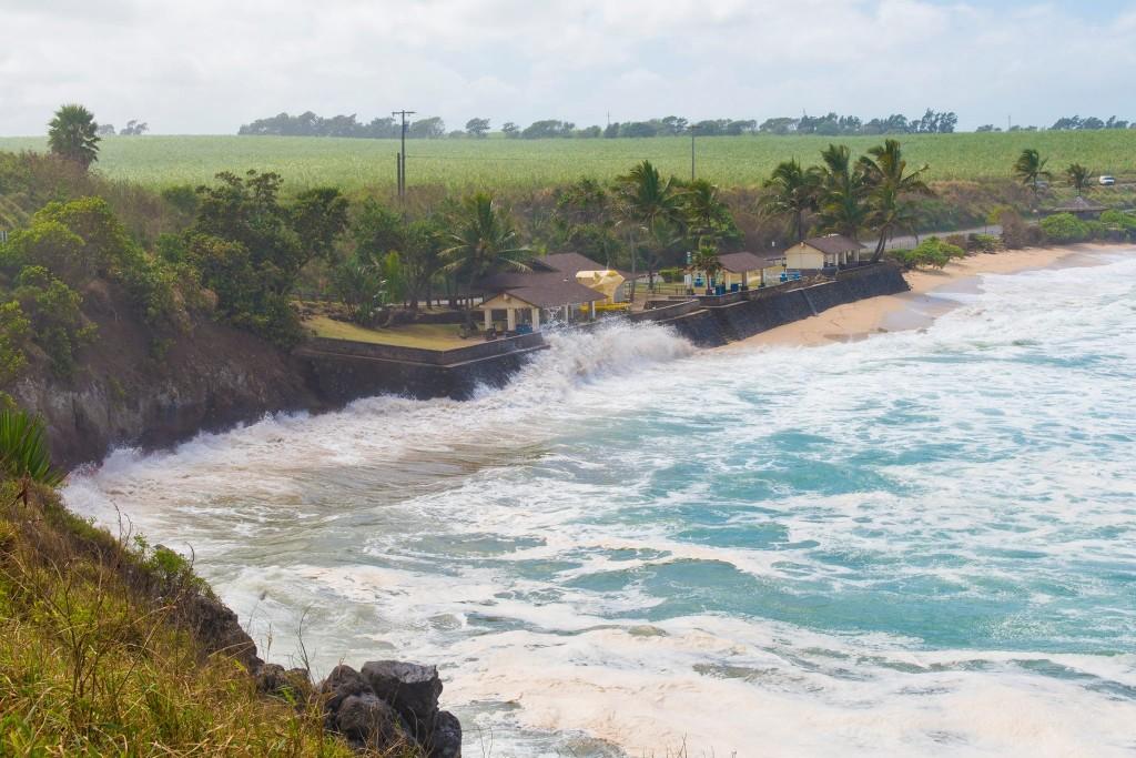 Maui Now: Flooding Spurs Closure of Hoʻokipa Beach Parking Lot