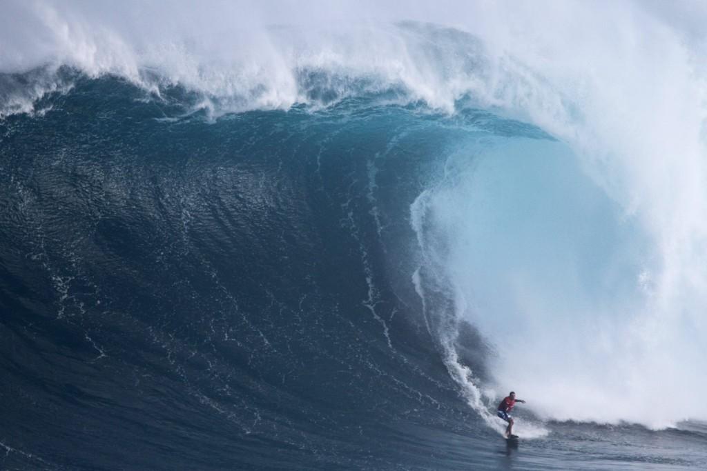 "Pe'ahi ""Jaws"" 2.25.16 / Image: Aaron Lynton Productions"