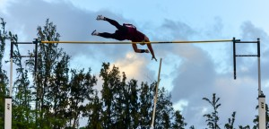 Baldwin's Sean Fukuhara clears 14-1 in the boys pole vault Friday. Fukuhara won the event in 14-6. Photo by Rodney S. Yap.