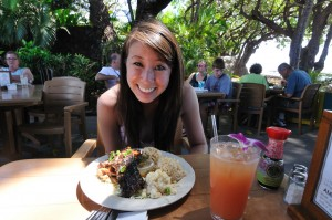 Meal and drink at Aloha Mixed Plate in Lahaina. Photo courtesy of Flickr/Michael Saechang.