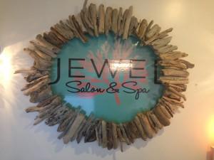 Jewel Spa & Salon sign. Debra Lordan photo