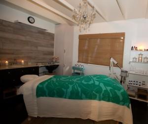 Treatment room Jewel Spa & Salon photo