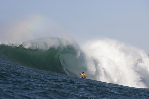 Greg Long (USA), current frontrunner on the WSL Big Wave Tour rankings, won the Quiksilver in Memory of Eddie Aikau (a WSL Specialty event) the last time it ran in 2009. Long will look to repeat when the Bay roars to life again this Wednesday. Image: WSL