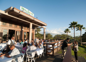Mulligans on the Blue dining in Wailea. Photo courtesy of Mulligans on the Blue.