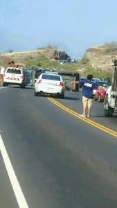 Honoapiilani accident, 4.1.16, photo credit: Rolene Gutierres.
