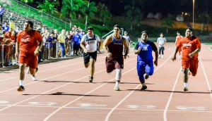 The boys 40-yard dash for weightmen was a close race at last week's Kamakea Meet, hosted by Baldwin High School. Photo by Rodney S. Yap.