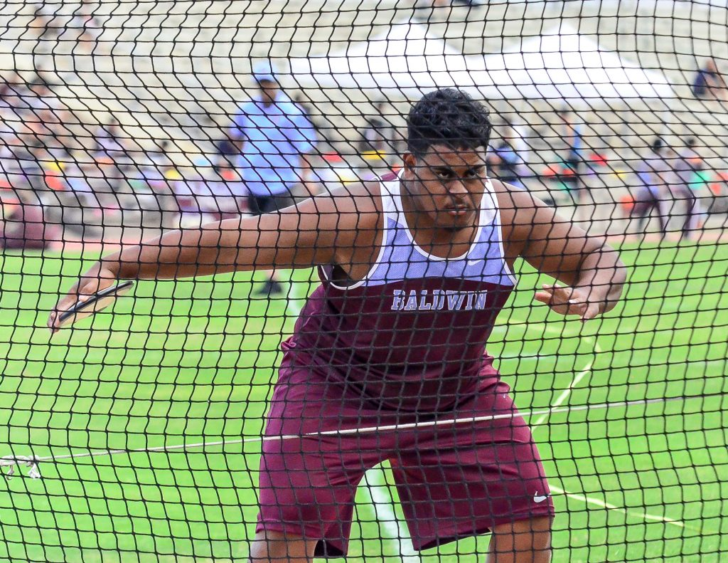 Baldwin's Andre Vaivela won the boys discus Saturday with a toss of 137-02. Photo by Rodney S. Yap.