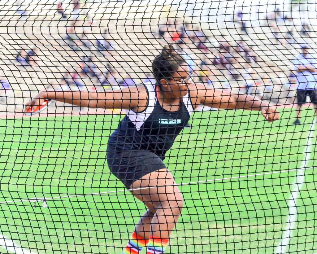 King Kekaulike's Alexis Henderson won the girls discus with a toss of 106-08. Photo by Rodney S. Yap.