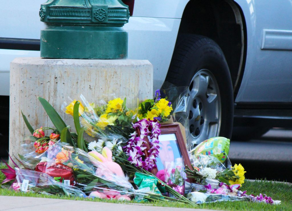 Memorial for Kehau Farias Schmidt outside of the Kehalani Foodland store. Photo by Wendy Osher.