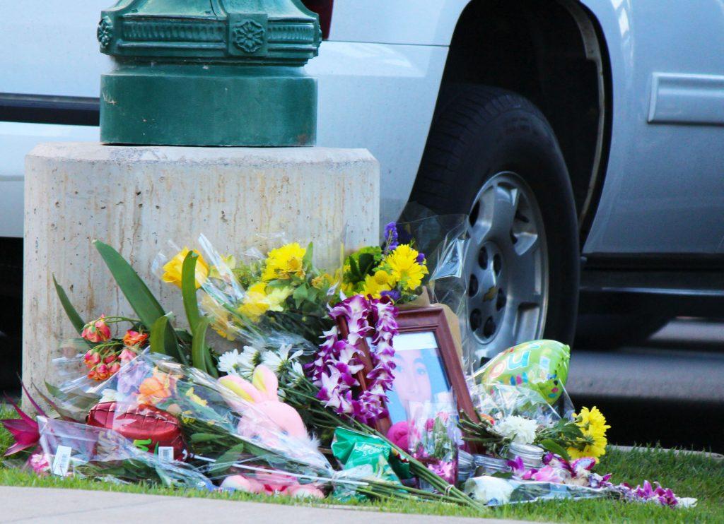 Memorial for Kehau Farias Schmidt outside of the Kehalani Foodland store. Photo by Wendy Osher.