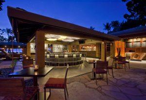 Japengo's bar at The Hyatt Regency Maui Resort & Spa. Courtesy photo.