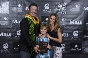 Restaurateur Aaron Placourakis with his family, after winning the 2016 'Aipono Lifetime Achievement Award.  Courtesy photo.