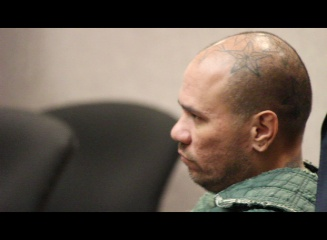 Stephen Schmidt is accused of stabbing his estranged wife in a confrontation at the Kehalani Foodland on April 19, 2016. Photo (4.25.16) in Wailuku District Court.