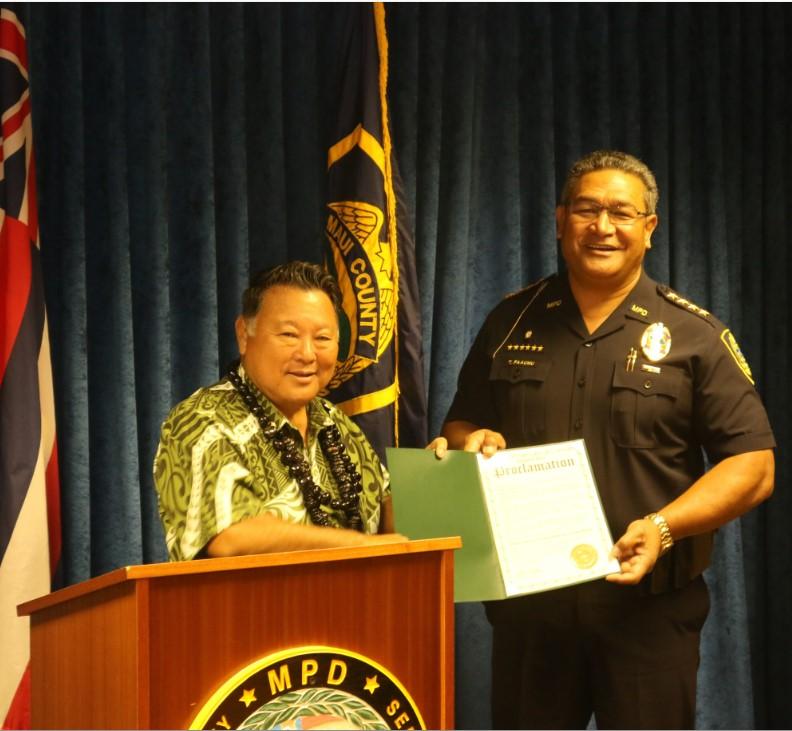 Telecommunications Week 2016. Maui Mayor Alan Arakawa (left) with Police Chief Tivoli Faaumu (right).