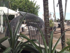 Newly-renovated oceanview patio at Merriman's Kapalua. Photo by Kiaora Bohlool.