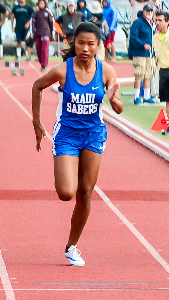 Maui High's Alyssa Mae Antolin in the girls 100-meter finals Saturday. Photo by Rodney S. Yap.