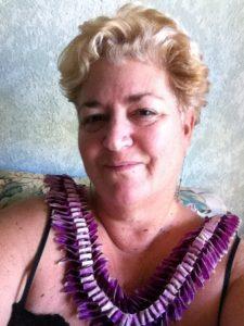 Anita Marci Studios brings Maui Paint Parties to the Pioneer Inn