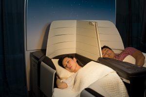 Hawaiian Airlines lie-flat seating. Rae Huo photo.
