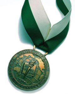 Regents' Medal for Excellence. UH image.