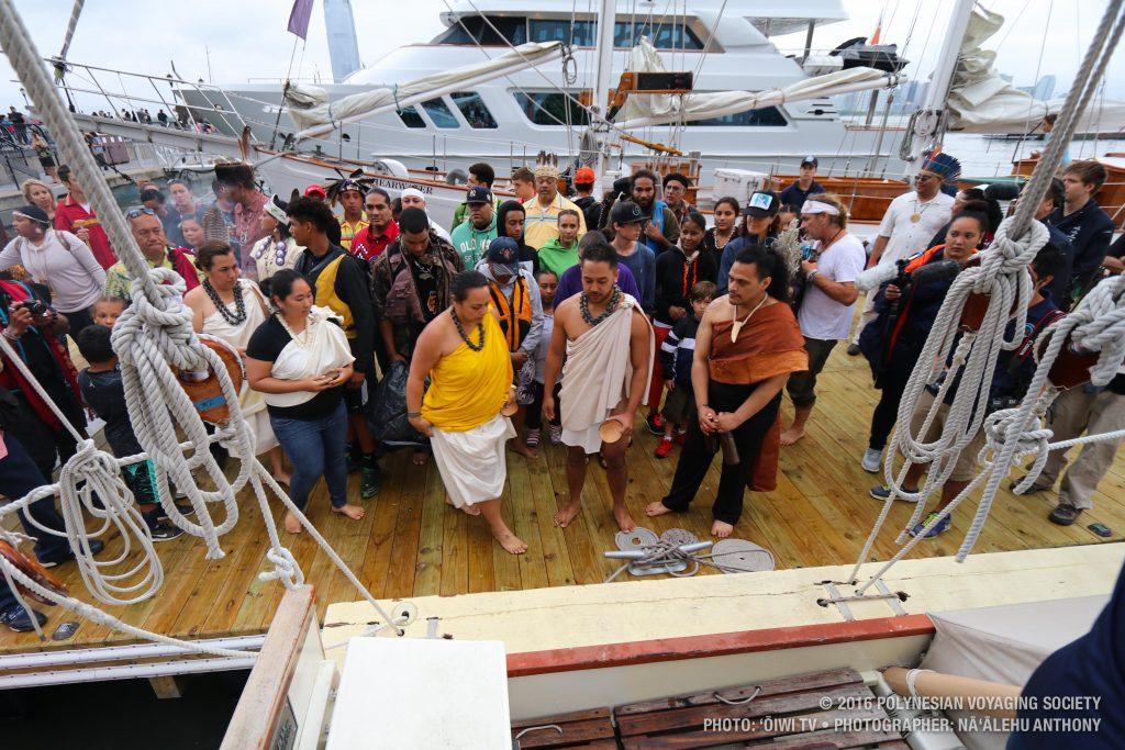 Hōkūleʻa arriving in New York. (6.5.2016) Photo credit: Polynesian Voyaging Society / Nāʻālehu Anthony / ʻŌiwi TV