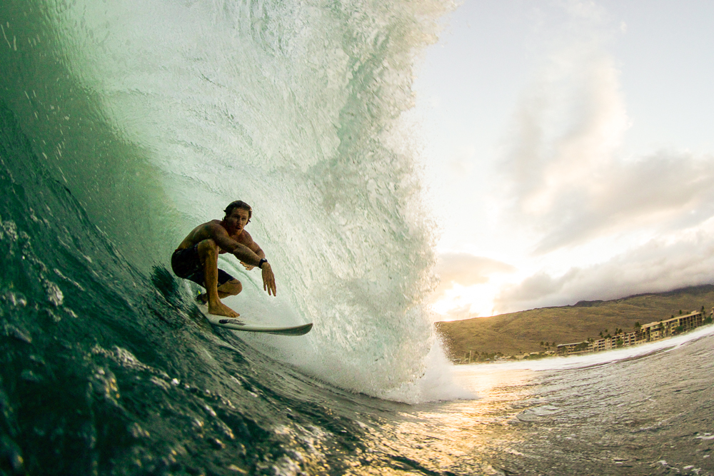 Jimmy Mickenny with the backside approach at Ma'alea Photo: Dave Gomez