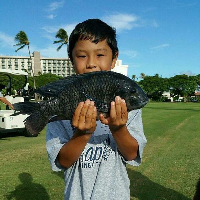 Maui Electric Tilapia Whoppa Winner 2015 Isaac Imamura. Photo credit: Maui Electric.