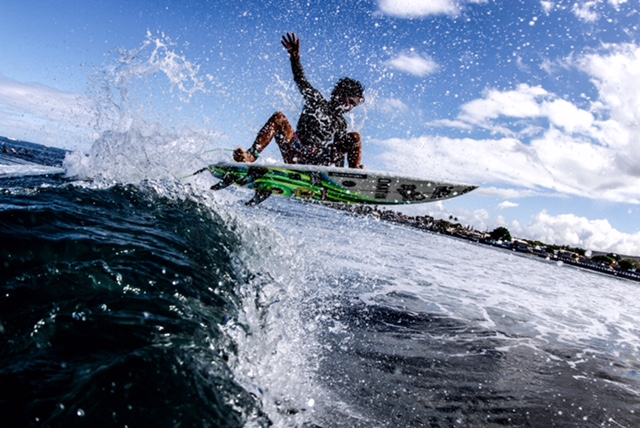 Ty Simpson-Kane off the top in Lahina Photo: Justin Andrade