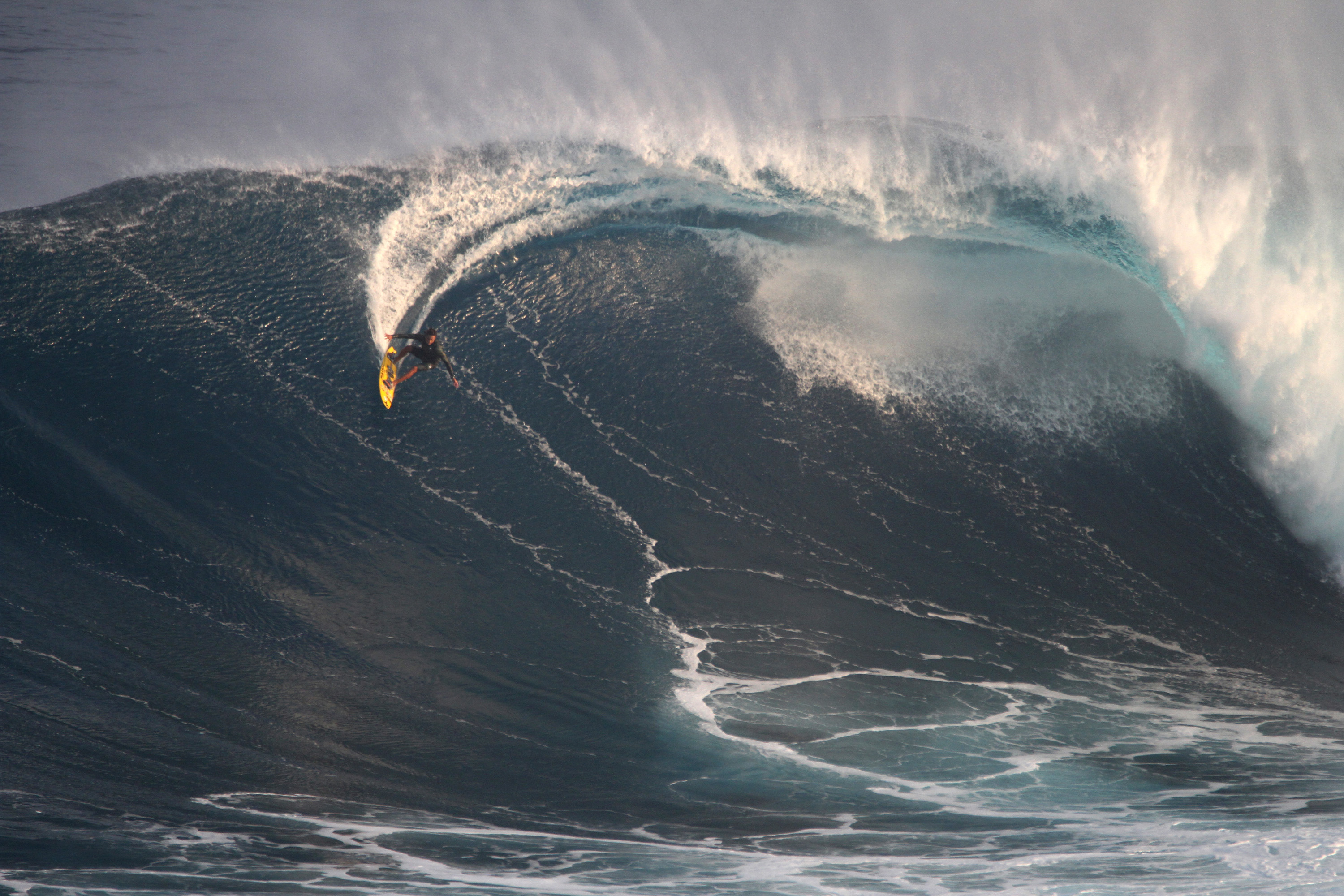 Carving off the top at Jaws Photo: Lynton Productions