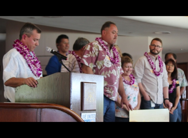 HC&S employees join in offering a corporate gift of $100,000 on behalf of parent company Alexander & Baldwin, Inc. to Maui United Way to kick off the organization's 2015-16 campaign. HC&S employees were honored with MUW's Legacy of Giving award. Photo: (6.9.16) by Wendy Osher.
