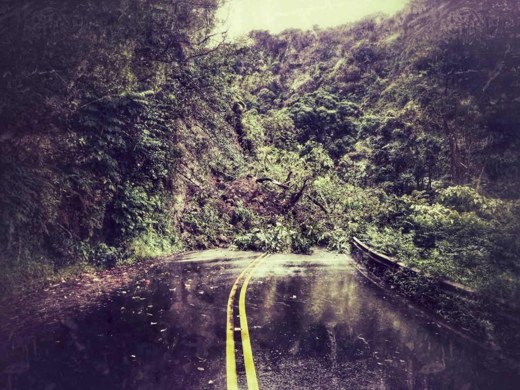 Hana Hwy landslide at Wailua. Photo credit Boeche ʻOhana.