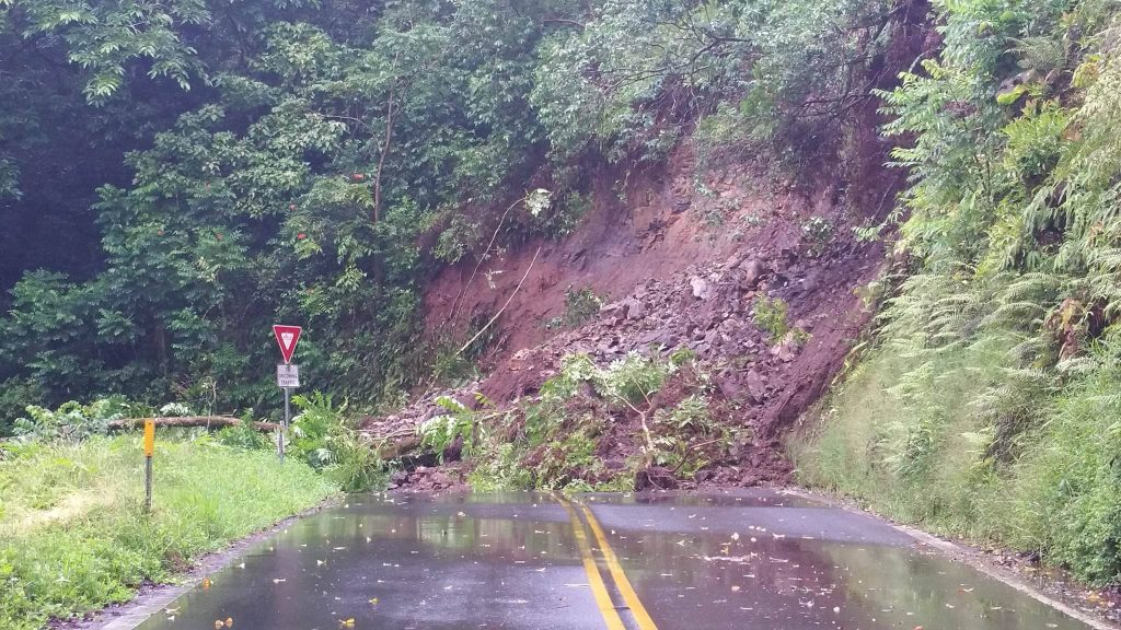 Hāna Highway landslide at Kailua. 7.21.16. Photo credit: Jamie Kuia.