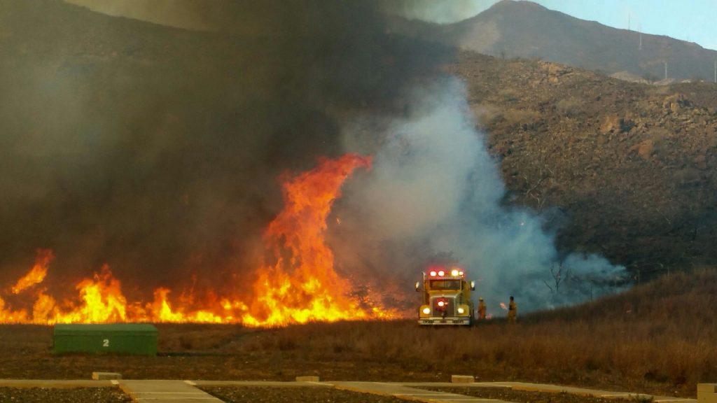July 8, 2016, Olowalu brushfire. MFD photo.