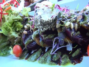 Red & gold beet salad at Seascape Mā'alaea Restaurant. Photo by Kiaora Bohlool.