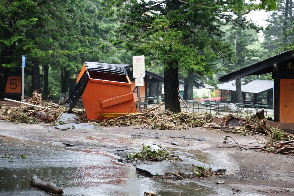 Kepaniwai damage to pavilions. PC: Lois Whitney/County of Maui.