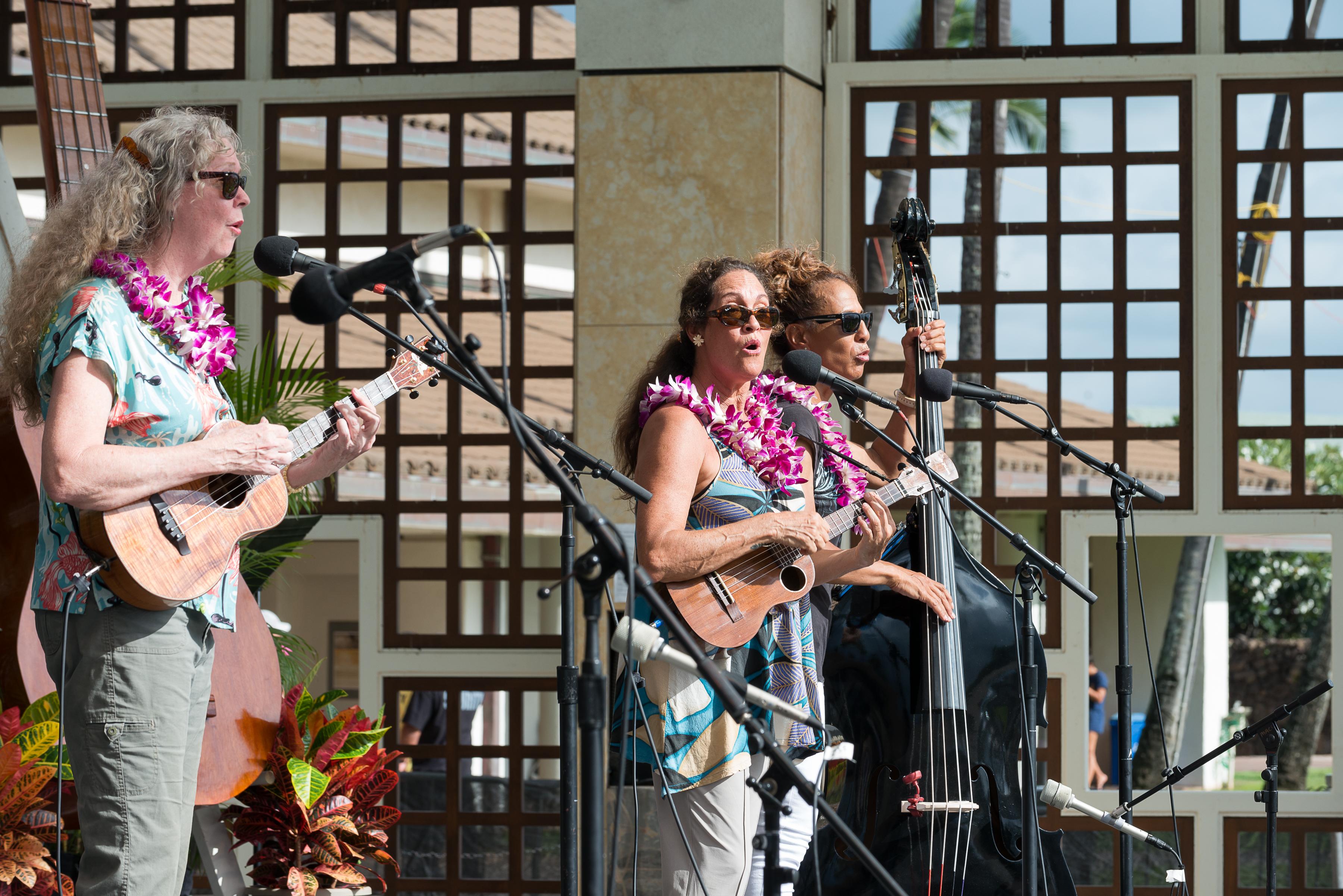11th Annual Maui 'Ukulele Festival. PC: The Hula Honey, photo by Aubrey Hord.
