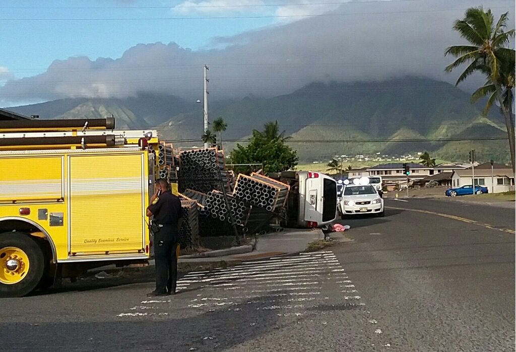 Kea Street traffic accident. 9.8.16. Maui Now image.