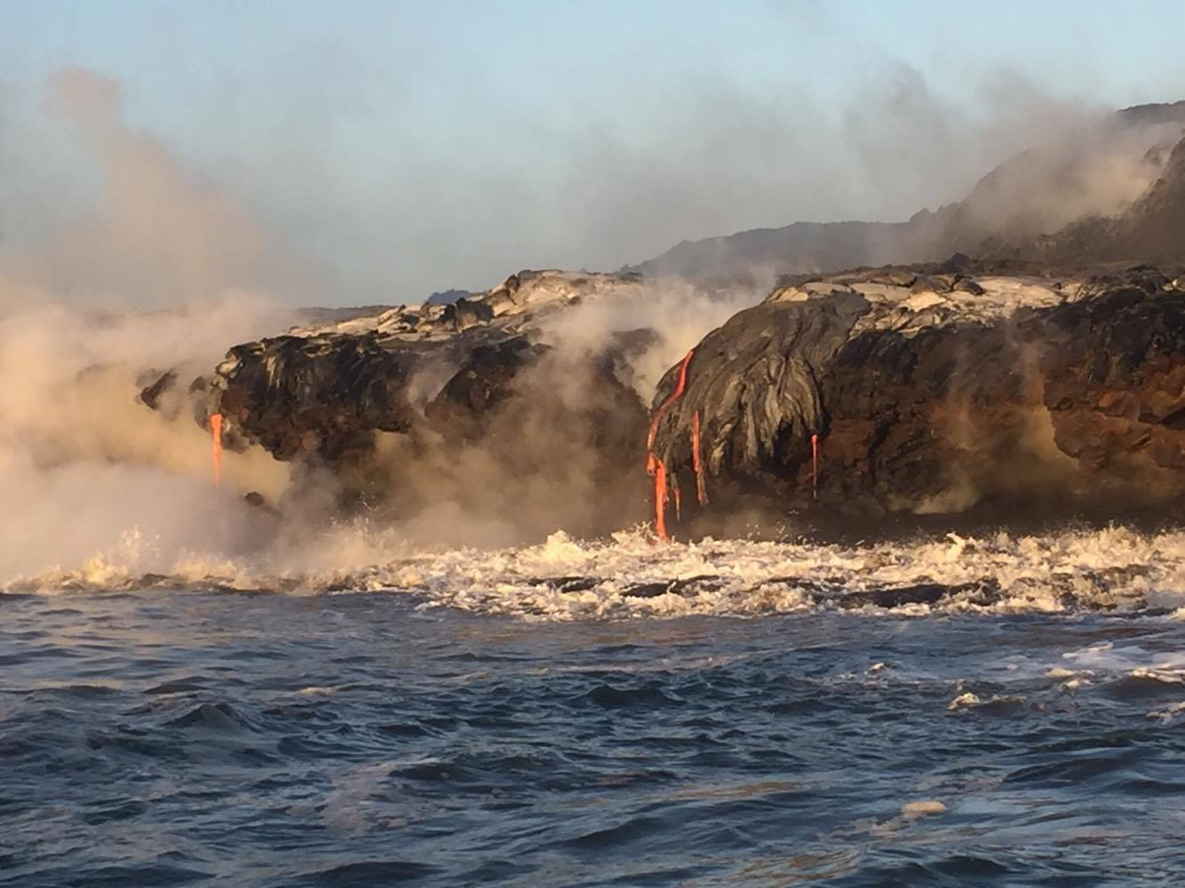 Kīlauea lava ocean entry, 10.13.16. PC: Robin Pilus.