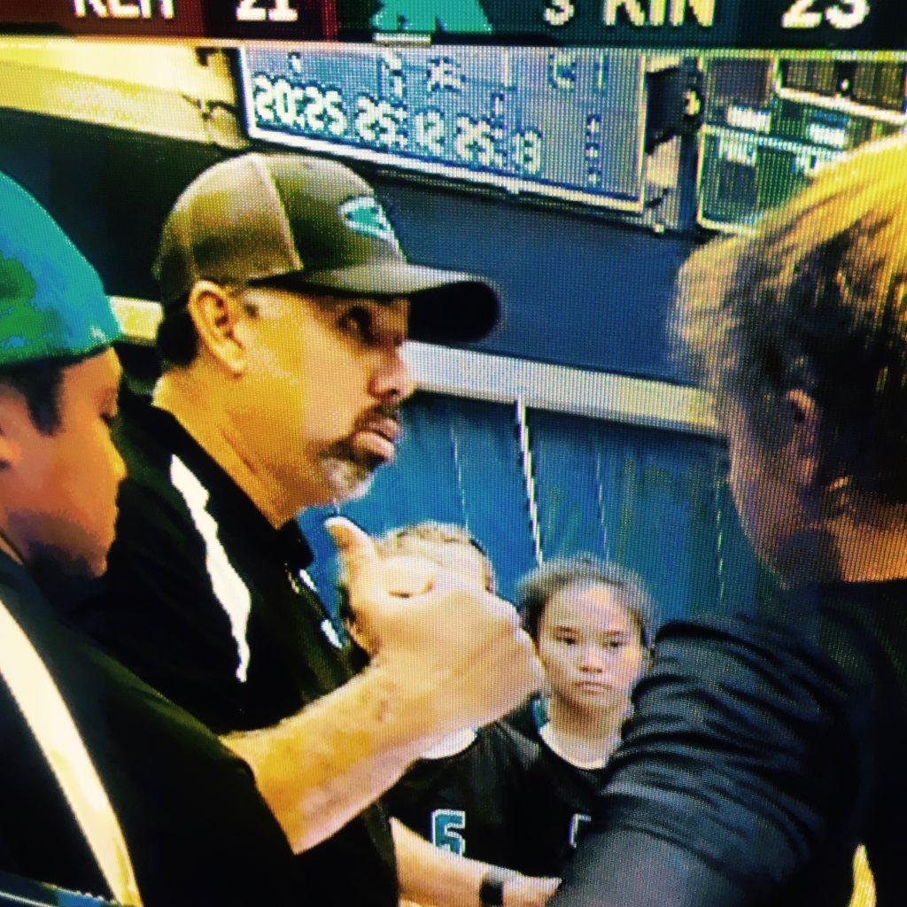 King Kekaulike head coach Al Paschoal talks to the team during a timeout Thursday. Photo courtesy of OC16 broadcast.