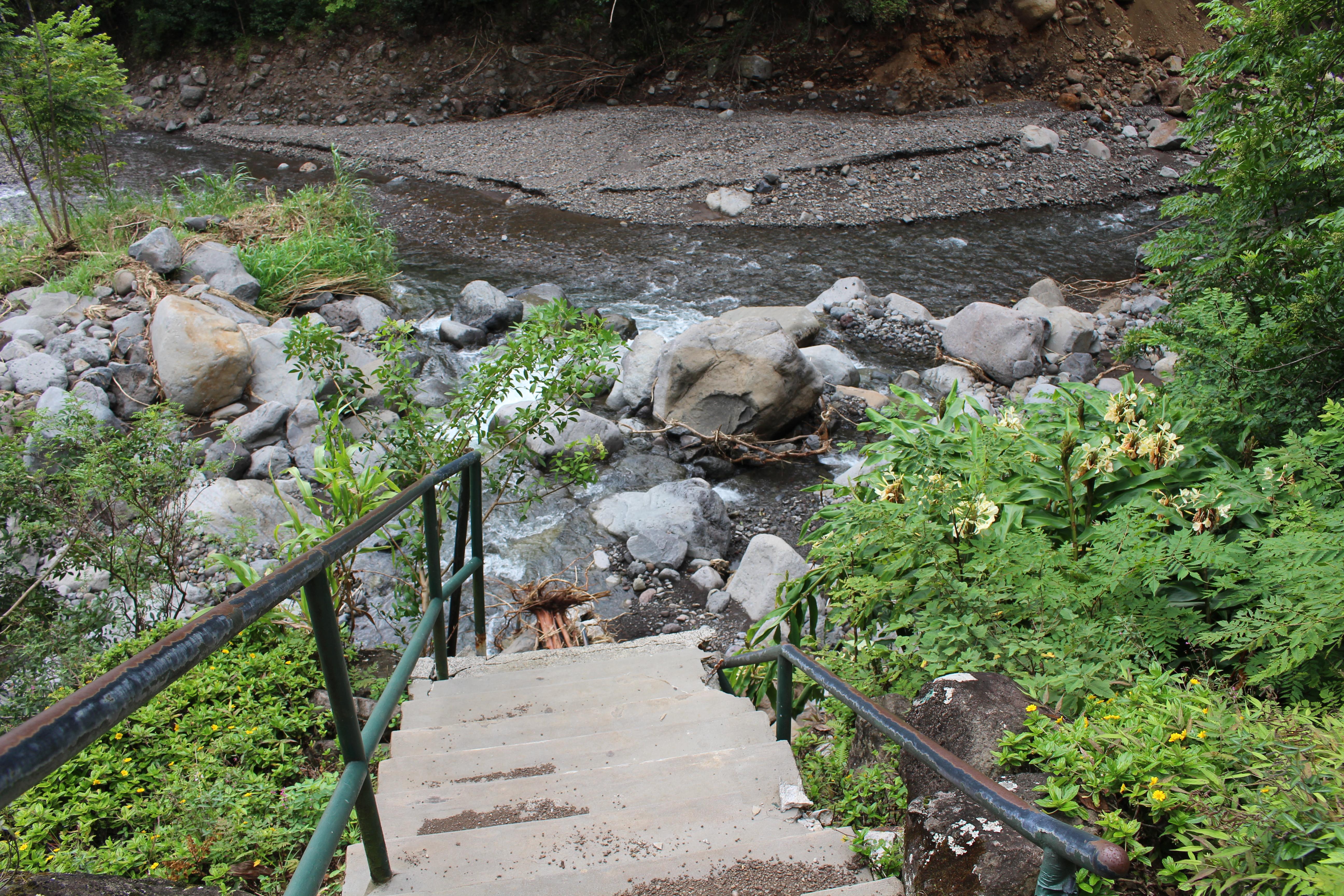 ʻĪao Valley flood restoration. Photo 10.4.16 by Wendy Osher.