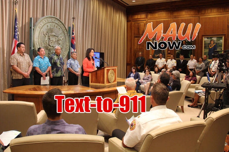 US Rep. Tulsi Gabbard speaks during the statewide launch of the Text-to-911 program. PC: Office of the Governor