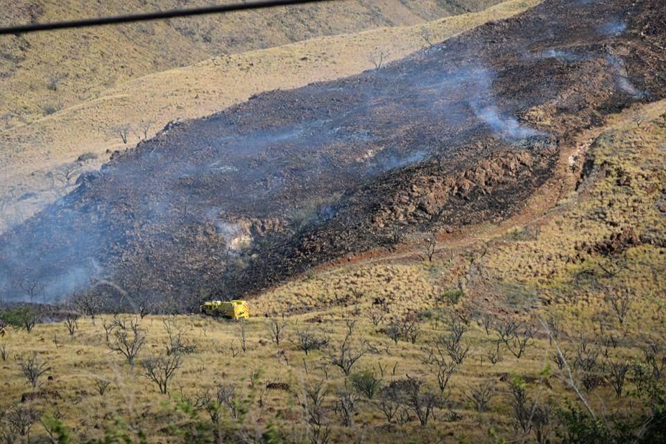 Olowalu brush fire 11.23.16. PC: Emy-Jo Ferguson.