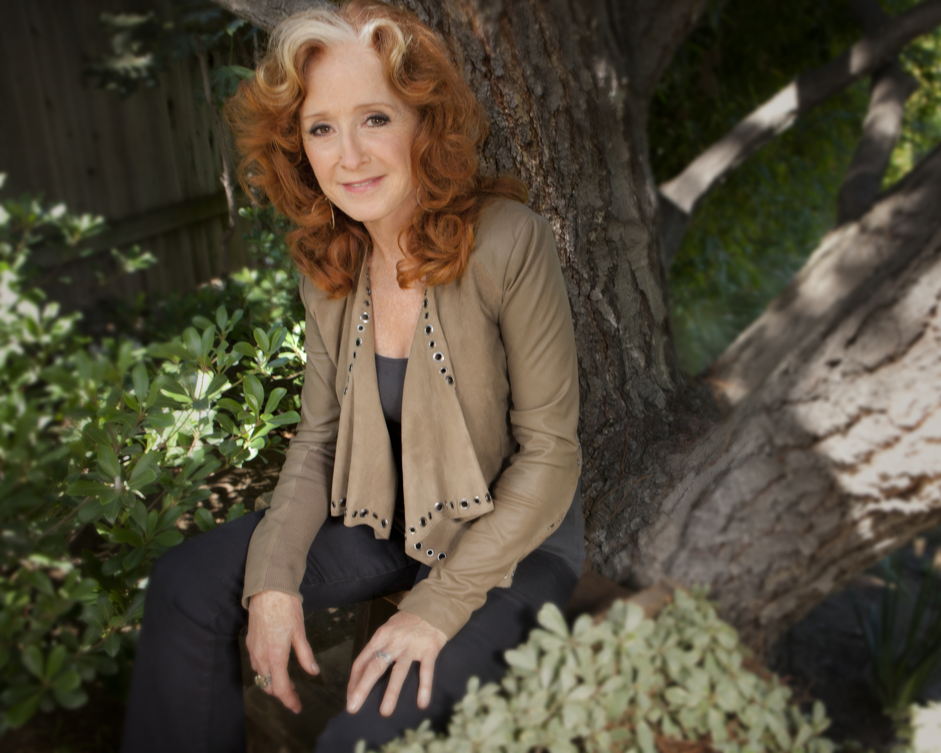 Ten-time Grammy winner Bonnie Raitt will visit Maui on her Dig in Deep tour for a concert at the Maui Arts & Cultural Center's A&B Amphitheater & Yokouchi Pavilion Friday, March 24. Courtesy image.