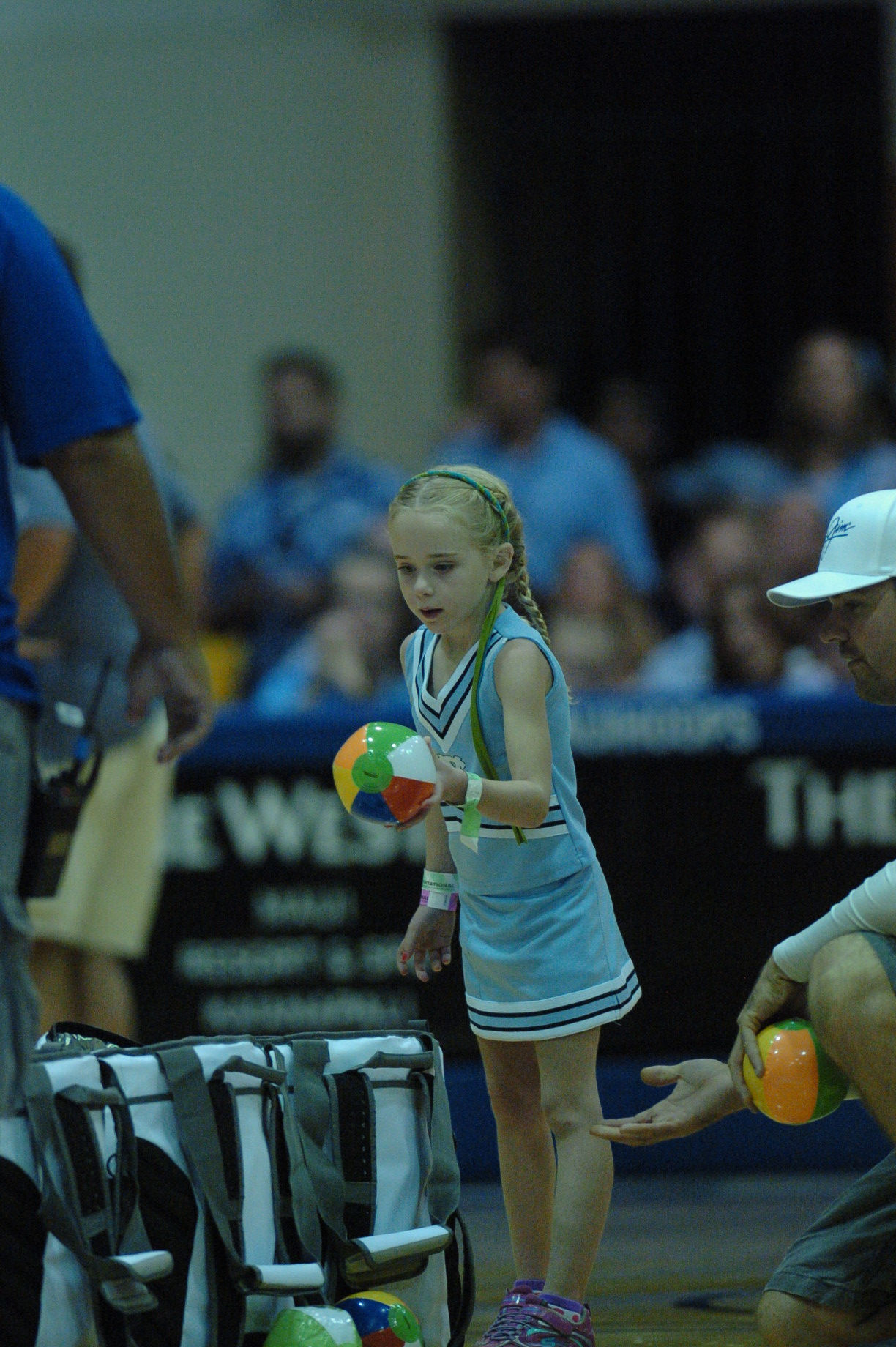 Future Lady Tar Heel. Championship game between UW vs UNC at the 2016 Maui Jim Maui Invitational. PC: Joel B. Tamayo.