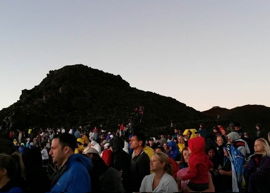 Sunrise crowds at the crater overlook by Haleakala Visitor Center (9,741 feet of elevation).