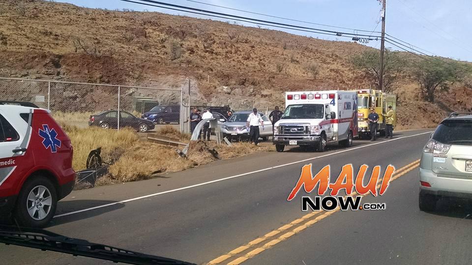 Vehicle accident, Honoapiʻilani Hwy, 2:07 p.m. 11.23.16. PC: Casey Morondos