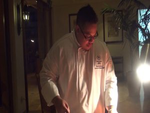 Sheraton Executive Sous Chef Chris Lederer Interacts With Diners At The U0027Ohana  Table. Photo By Kiaora Bohlool