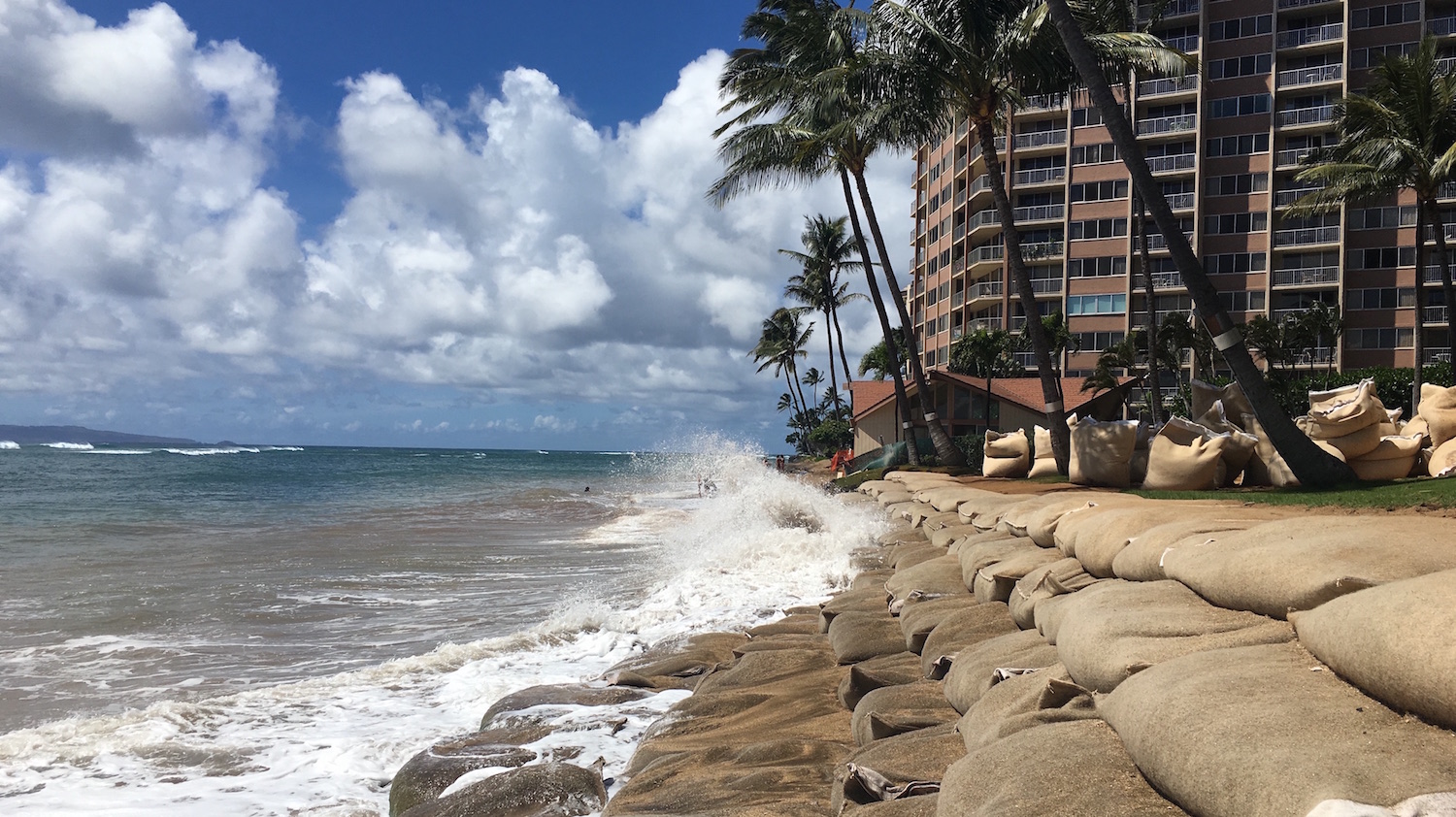 Offshore Sand Sought to Mitigate Erosion at Kahana Bay