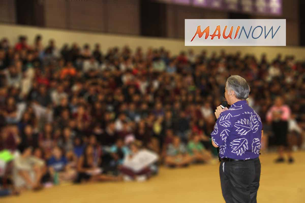 Hawai'i Governor, US Senator Join Student-Led Walkout
