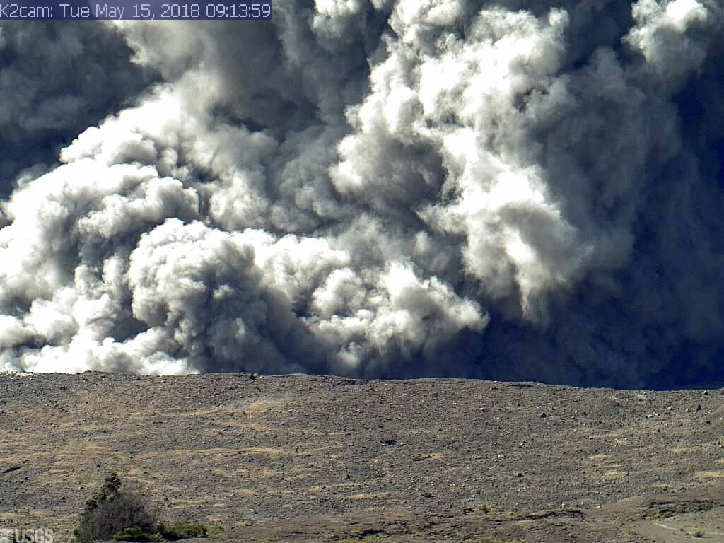 Hawaii's Kilauea volcano violently erupts, sending plume of ash into the air